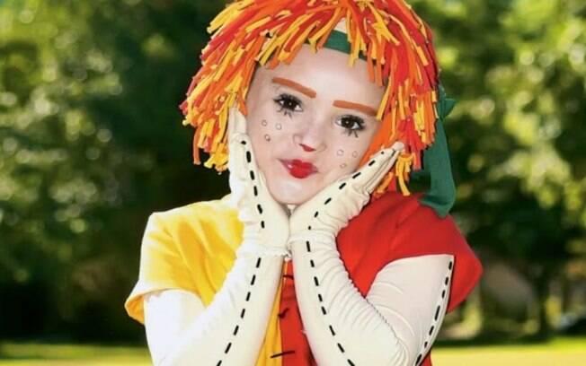 Isabelle Drummond como Emília