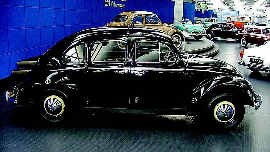 A Karosserie Friedrich Rometsch fez o Fusca com quatro portas pensando em facilitar a vida dos taxistas