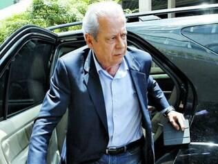 Ex-ministro quer garantir aposentadoria maior que a do INSS