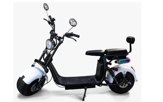 O único modelo da lista que não exige habilitação para motos ou ciclomotores