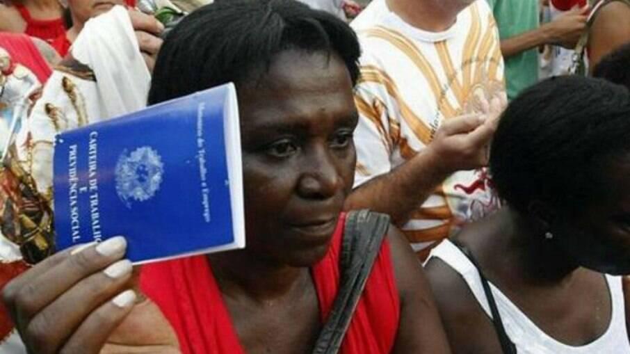 Mulheres, negros e moradores da região Nordeste foram os mais afetados pelo desemprego em 2020