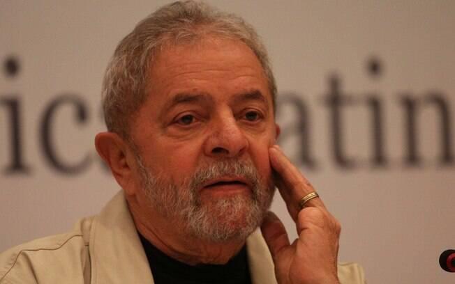 O ex-presidente Lula durante o seminário Bolívia Dez Anos - Transformações Políticas, Éticas e Sociais