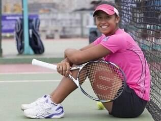 Teliana Pereira é a única brasileira ainda em ação na chave feminina do Rio Open