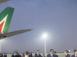 Delegação italiana desembarcou no Rio de Janeiro pouco antes das 6h da manhã