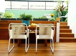 Revitalizada, a área externa se transformou no lugar ideal para receber