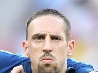 Ribéry vem sofrendo com dores nas costas e ainda não tem presença garantida na Copa.