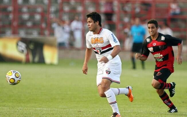 Thierry Henrique: apesar de não ter empolgado  no São Paulo, Henrique, que hoje está no Botafogo,  ganhou o apelido em homenagem ao francês Thierry  Henry