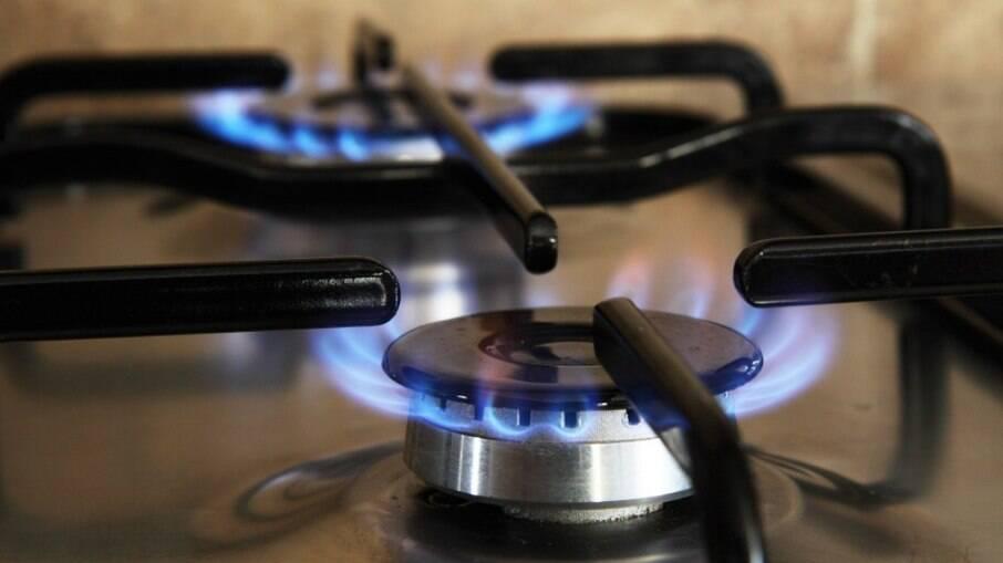 Uso da madeira para cozinhar pode gerar doenças respiratórias