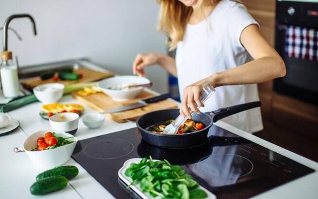 O Natal já está próximo, mas ainda dá tempo de preparar alguns pratos deliciosas e que são feitos em até 40 minutos