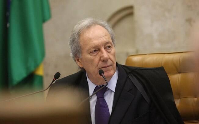 Procuradores enviaram um abaixo-assinado ao presidente do STF, Ricardo Lewandowski, em apoio ao ex-presidente Lula