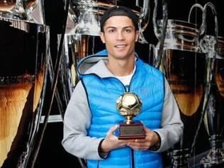 Cristiano Ronaldo recebeu o prêmio de melhor goleador de 2013