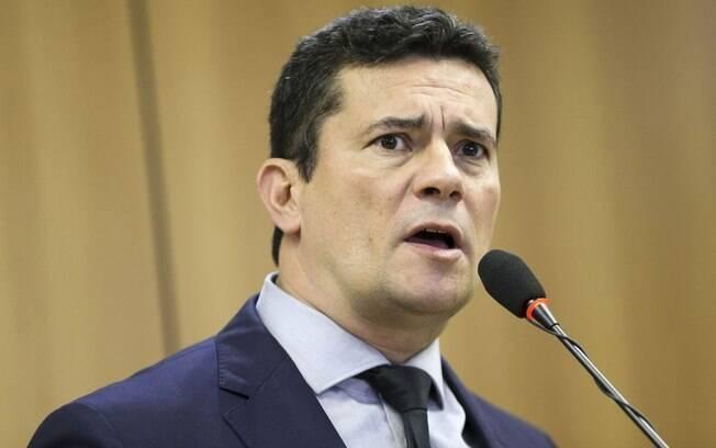 Conversas vazadas entre Moro e procuradores ocorreram no Telegram