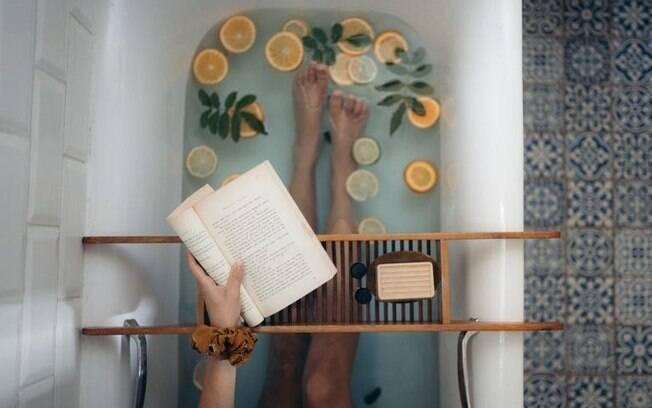 Conheça banhos para aproveitar o poder das ervas