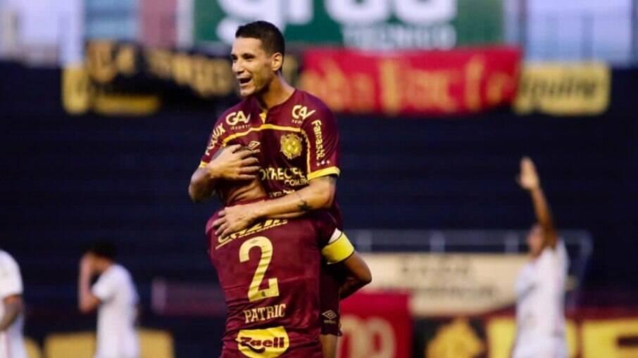 Thiago Neves sonha com Diego Souza e André no Sport