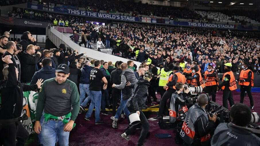 West Ham x Rapid Viena
