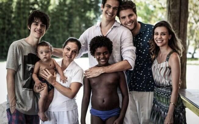 Final feliz para a família do casal Félix e Niko, da novela