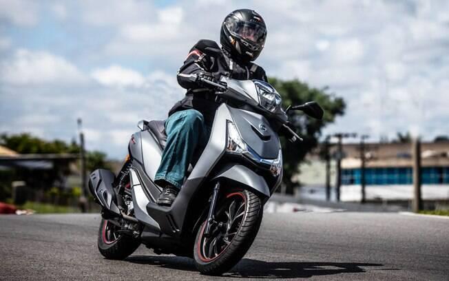 Dafra Citycom HD300: scooter se mostra ágil e espaçoso para uso no dia a dia com motor de 300 cc de cilindrada