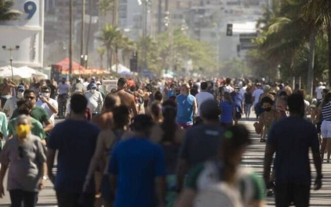 'Estamos lidando com adultos, mas agem como crianças', disse um policial sobre os pedestres