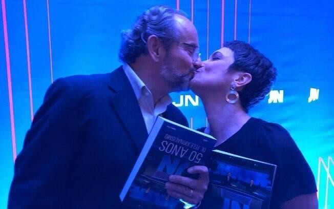 Sandra Annenberg e Ernesto Paglia na comemoração de 50 anos do