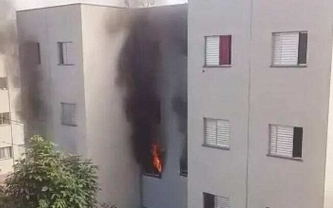 Acidente com viatura dos bombeiros ocorreu na tarde desta terça-feira em Campinas