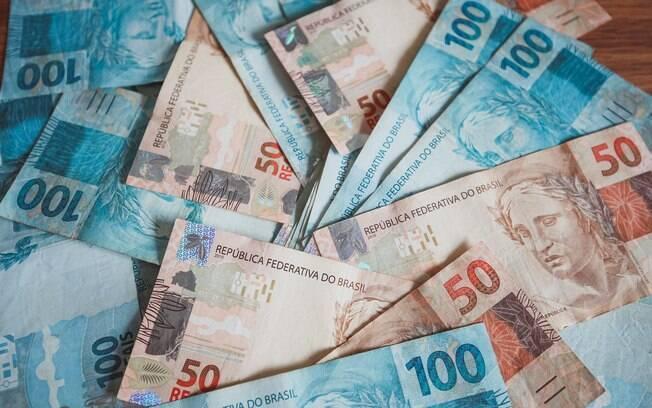 Economistas ouvidos pelo Banco Central para a análise do Boletim Focus projetam PIB maior este ano e inflação sob controle