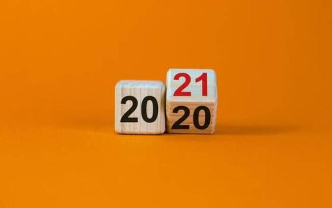 O que a Astrologia diz? Retrospectiva 2020 e Previses para 2021!
