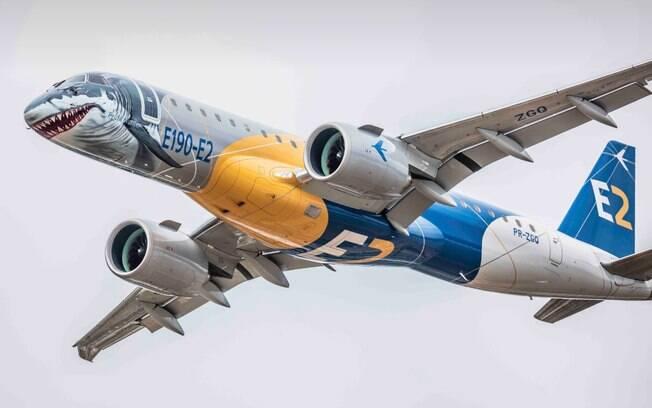 """A Embraer alegou que a venda não implica na alienação total dos interesses da empresa, além de pontuar que a transação serviria para garantir a """"salvação"""" da companhia diante de dificuldades financeiras"""
