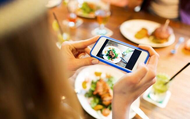 Aplicativos que aumentam a atenção na hora de comer podem ajudar na perda de peso