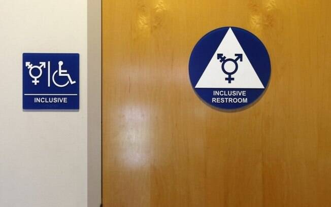 Resultado de imagem para banheiro transgenero