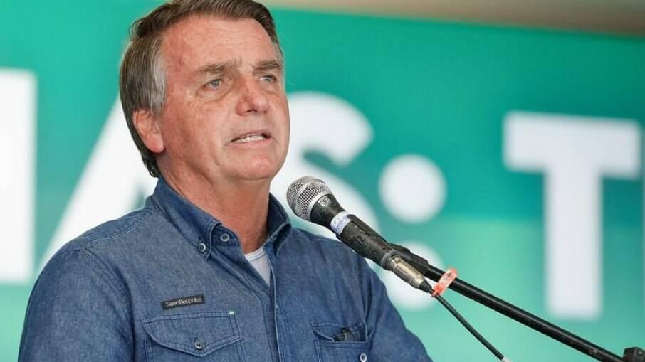 Bolsonaro sanciona proposta que revoga a Lei de Segurança Nacional