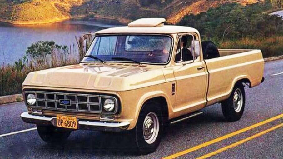 A picape C-10 de 1974 foi uma evolução das arcaicas C14 e C15 e foi bem aceita no mercado brasileiro