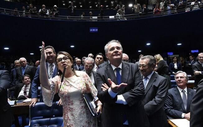 Kátia Abreu e Renan Calheiros foram personagens centrais em barraco na sessão dessa sexta-feira