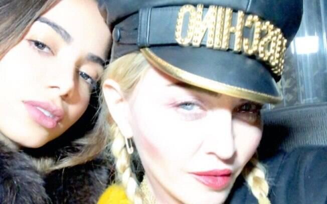 Anitta posa ao lado de Madonna após show no Madison Square Garden nos Estados Unidos