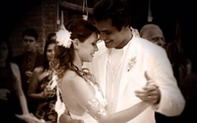 Vanessa Lóes homenageou o marido, Thiago Lacerda, por seus sete anos de casamento, no Instagram