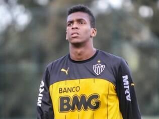 Jô afirmou que avisou a diretoria do Atlético que faltaria ao treino desta segunda-feira