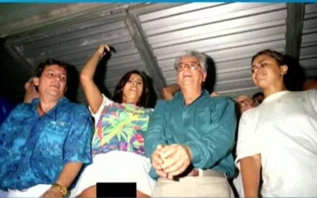 Lilian Ramos pagou mico ao lado de Itamar Franco no carnaval de 1994