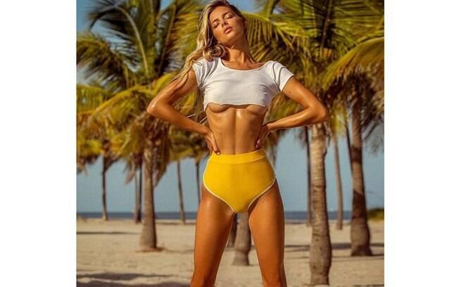 Danielle Knudson, ex- namorada de Alexandre Pato, sensualiza em novo clique compartilha em sua conta do Instagram