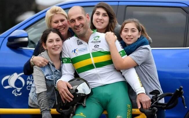 Kieran Modra deixou esposa e três filhas