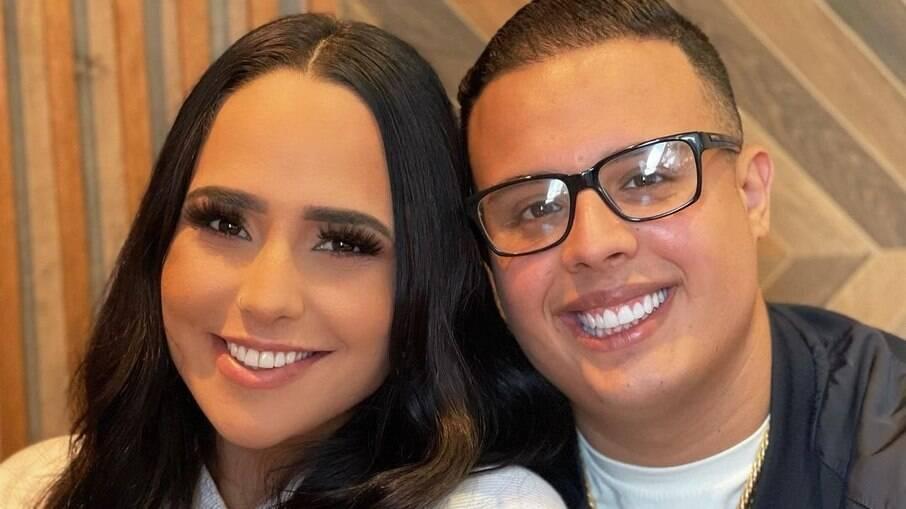 Perlla assume namoro com empresário carioca