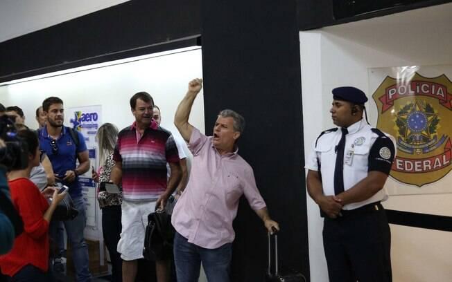 O ex-deputado do PT, Professor Luizinho, protesto em favor do ex-presidente Luiz Inácio Lula da Silva. Foto: Renato S. Cerqueira/Futura Press - 04.03.16