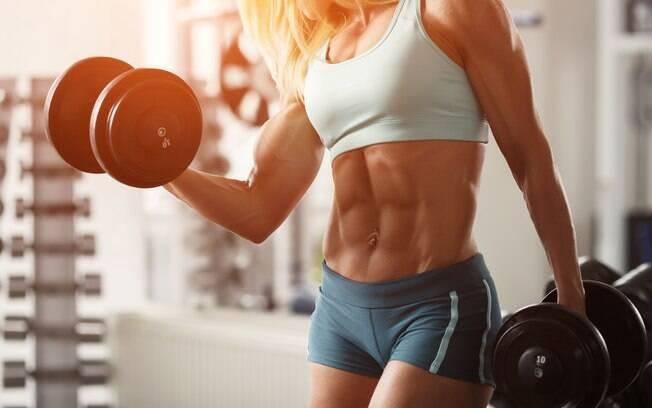 É comum buscar suplementação para incrementar o ganho de massa muscular
