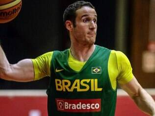 Marcelinho Huertas é um dos grandes nomes da seleção brasileira masculina de basquete