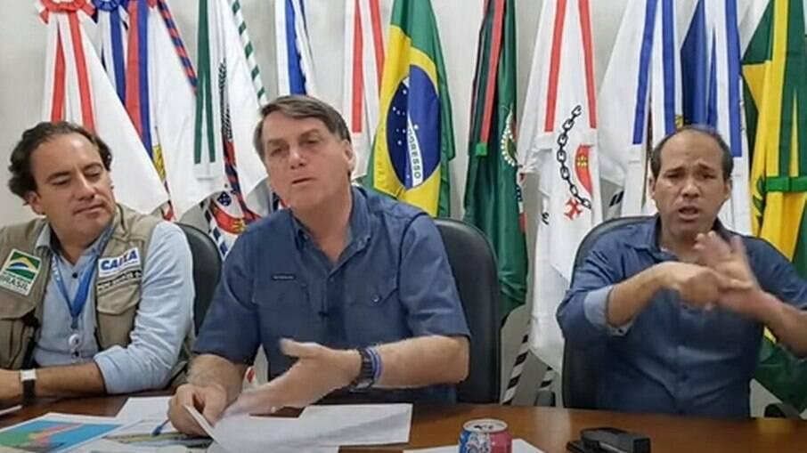 Presidente Jair Bolsonaro (sem partido) em live no Youtube do dia 20 de maio de 2021