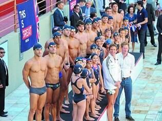 Realeza. No mês passado, o príncipe Harry visitou o Minas Tênis, clube que receberá os britânicos para treinos em 2016