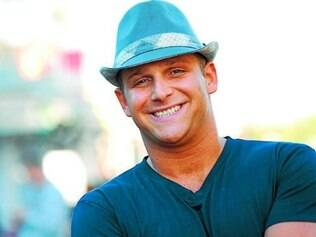 "Chris Nirschel vai apresentar reality ""Quero Ser Chefe"" na MTV"