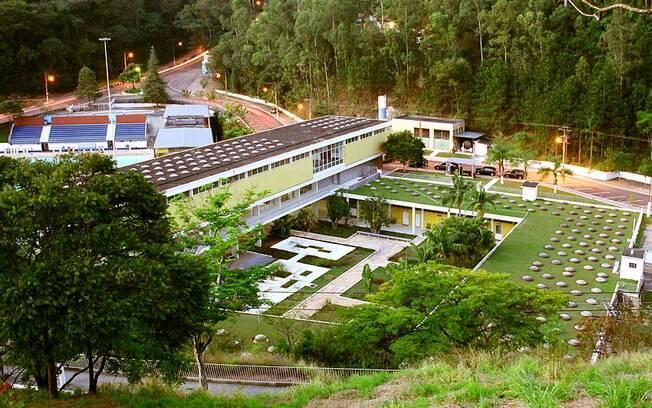 O que fazer em Águas de Lindóia: os jardins do Balneário Municipal foram desenhados por Roberto Burle Marx
