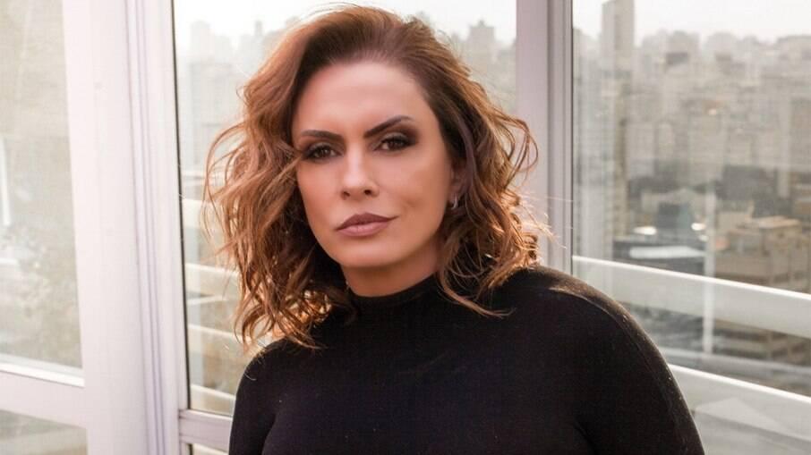 Nubia Oliiver fala de acusação de aliciar mulheres