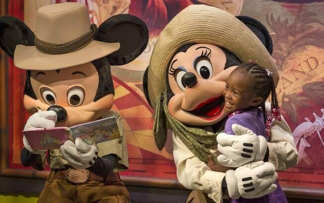 Mickey e Minnie são estrelas das atrações da Disney