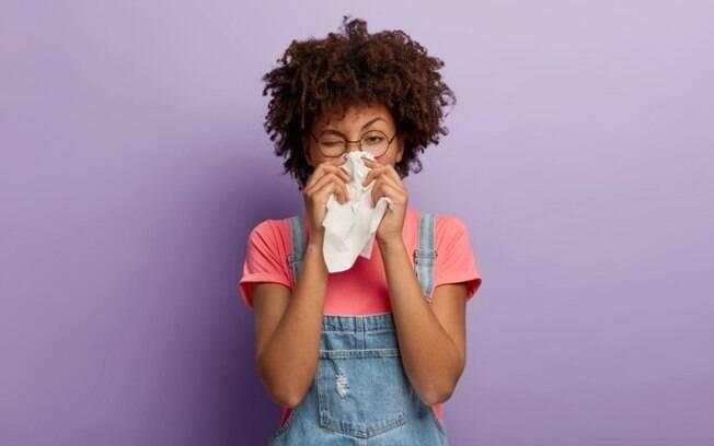 5 dicas para amenizar os sintomas da rinite no inverno