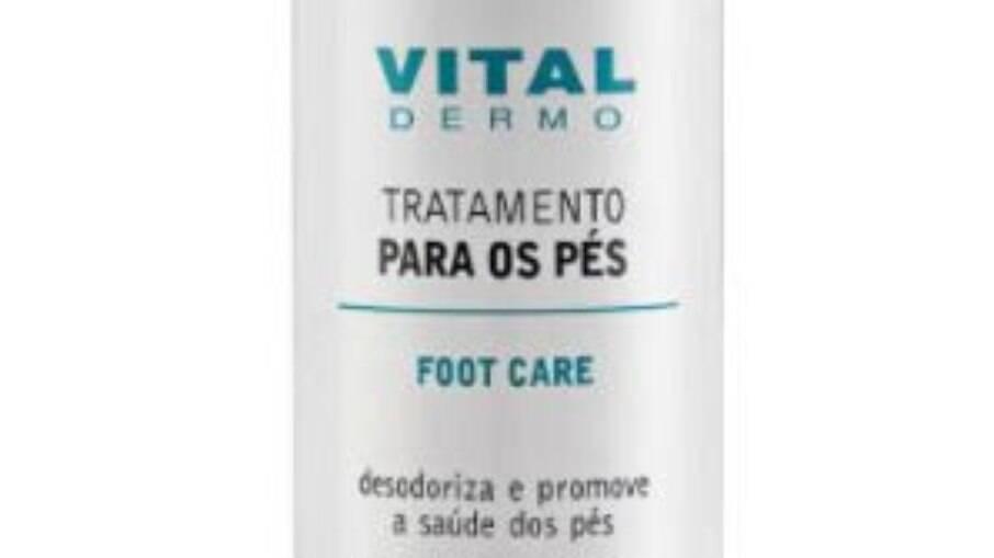 O creme contém óleo de melaleuca e extrato de hortelã, que juntos ajudam a relaxar e hidratar os pés